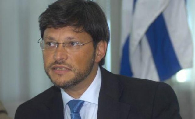 Zaidensztat recomienda en Punta llevar a la justicia a la DGI