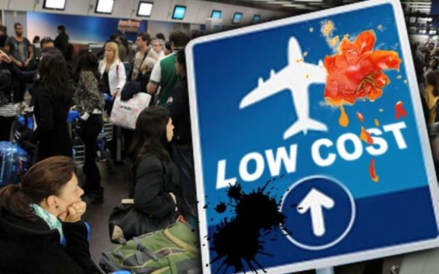 Resultado de imagen de trabajadores aerolineas low cost