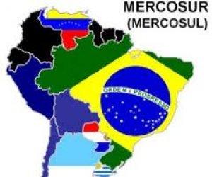 Ciudadanos venezolanos podrán viajar sin pasaporte a países del Mercosur
