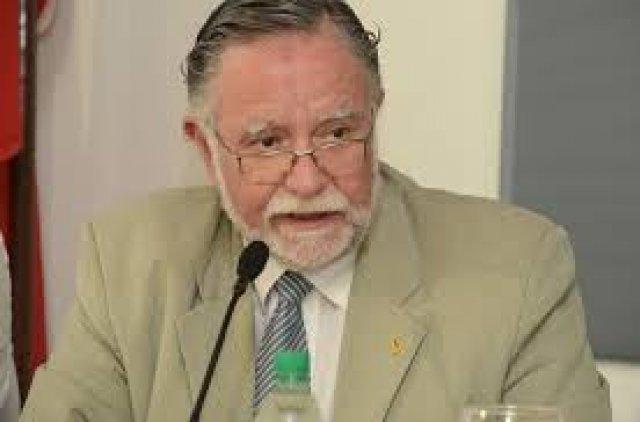 El ministro Bayardi aprendió la lección de Pluna